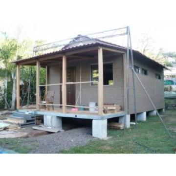 Low Economical Prefabricated Light Steel Structure House , Modern and Small
