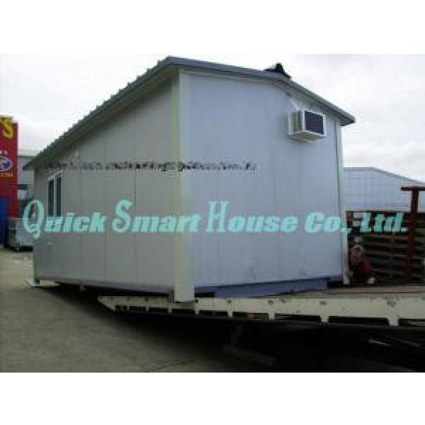 Windproof Portable Modular Homes , Galvanized Small Prefabricated House #2 image